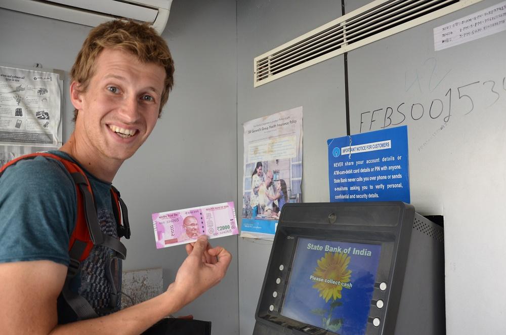 06-billet-de-2000-roupies