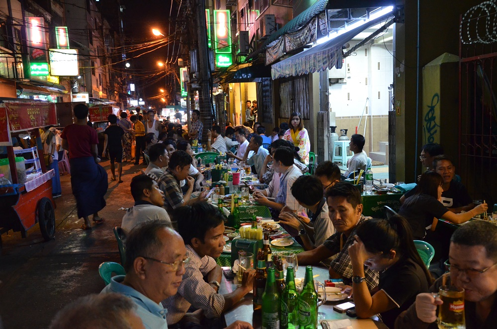 07 - night market
