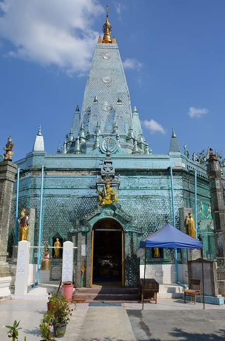 10 - pagode en faïence