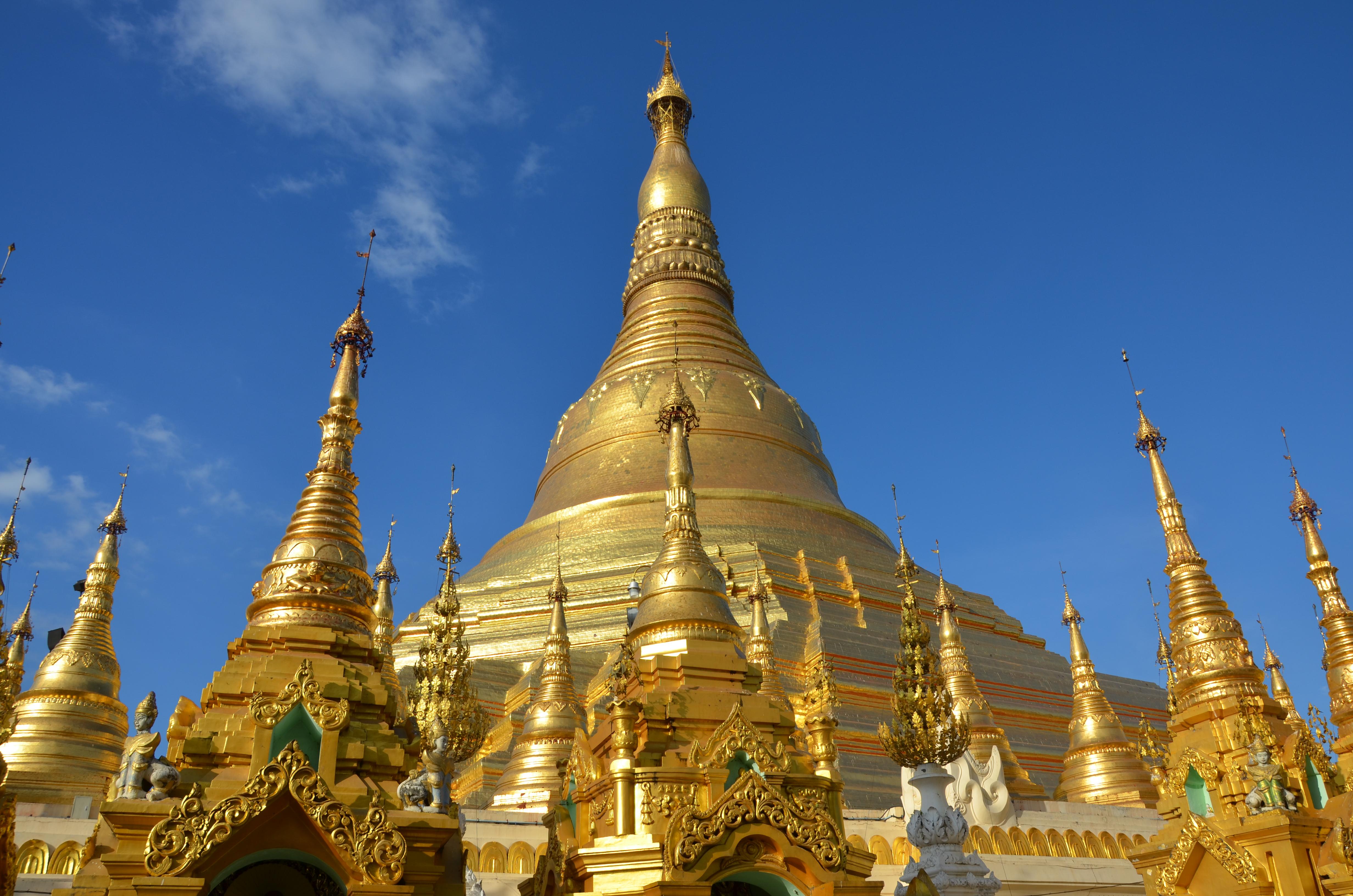 16 - Shwedagon