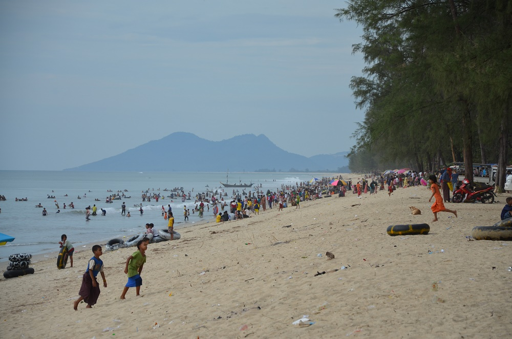 04 - Maungmakan Beach