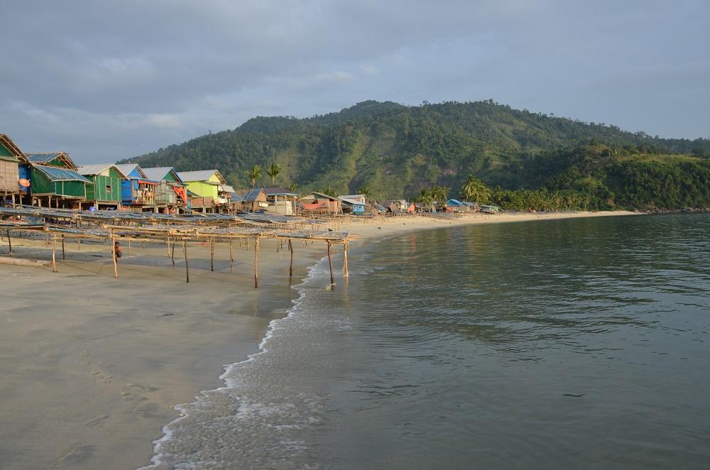 14 - San Hlan, village de pêcheur