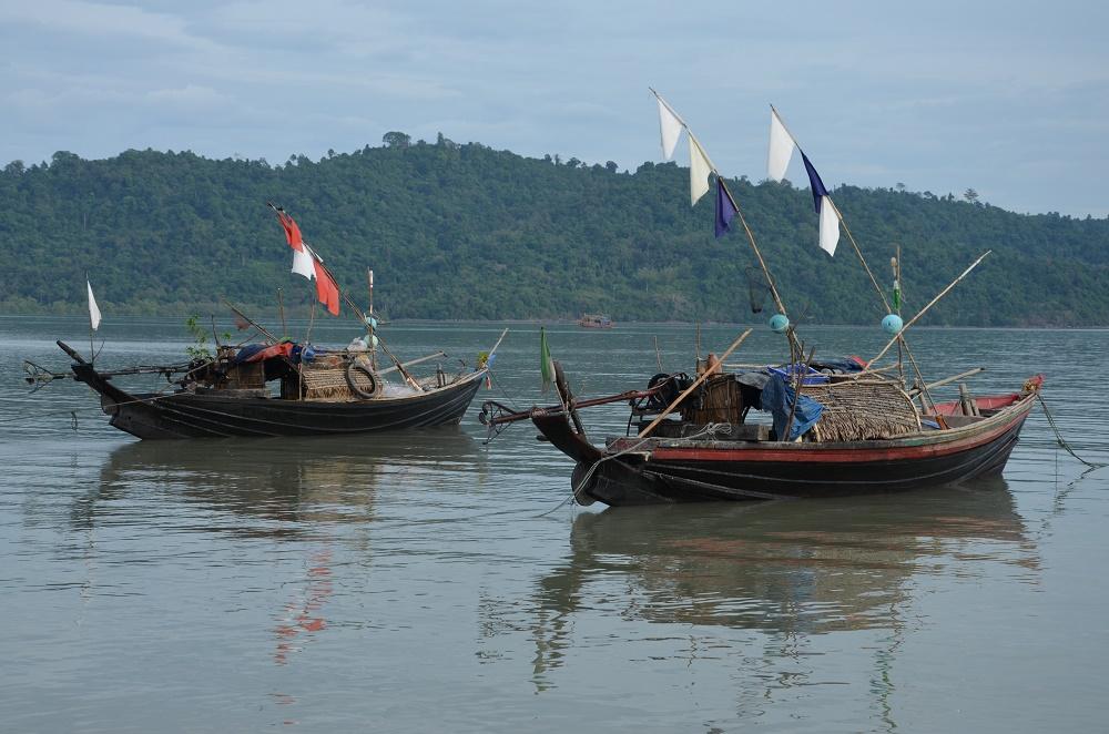 16 - bateau de pêcehe