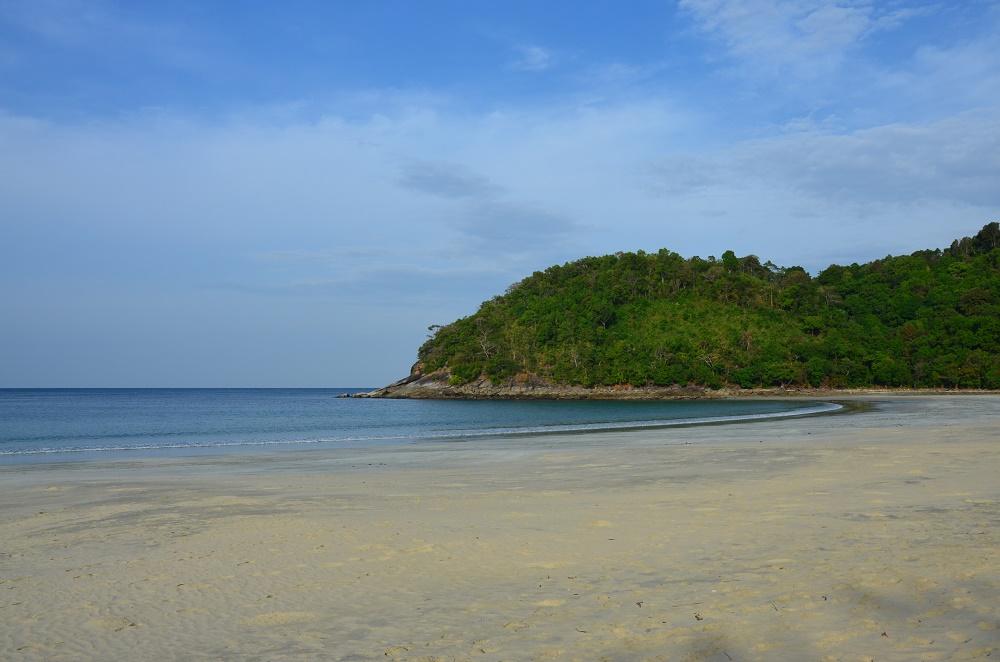 26 - San Saaw beach
