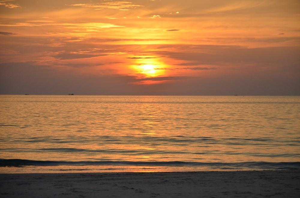 33 - coucher de soleil