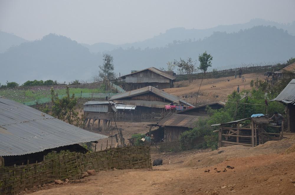 16 - Village