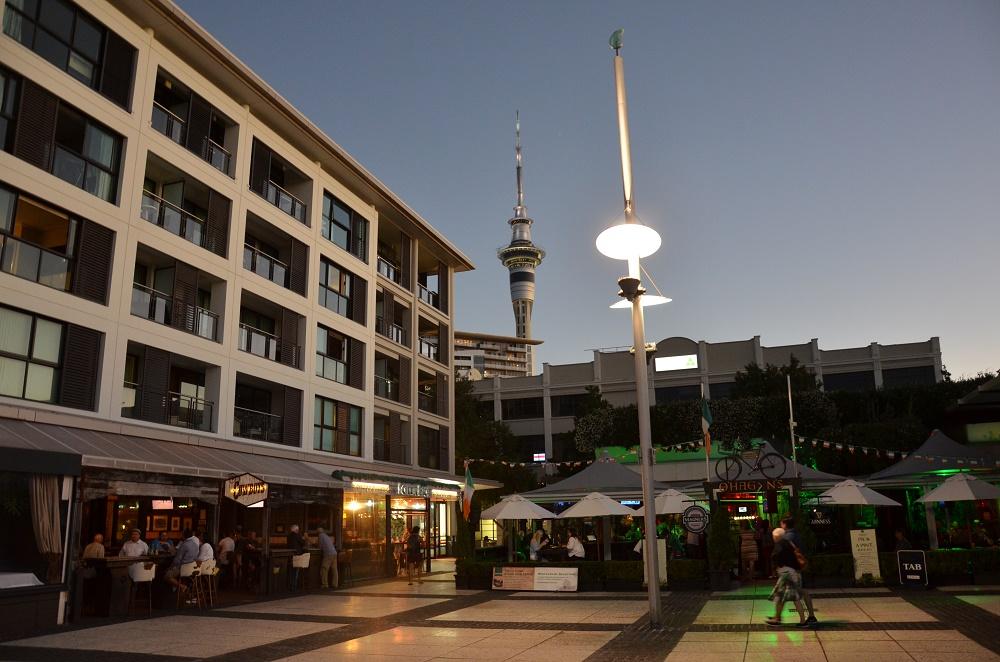 01 - Auckland