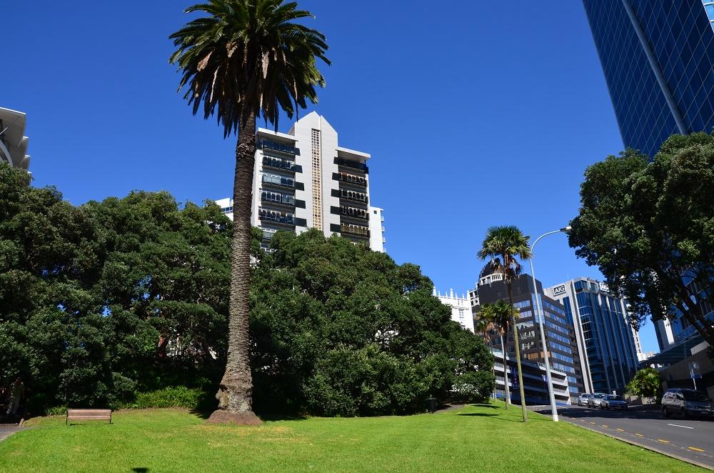 02 - Auckland