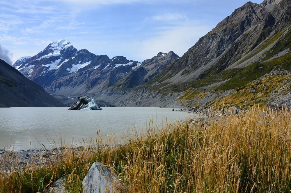 04 - le lac Hooker et son iceberg