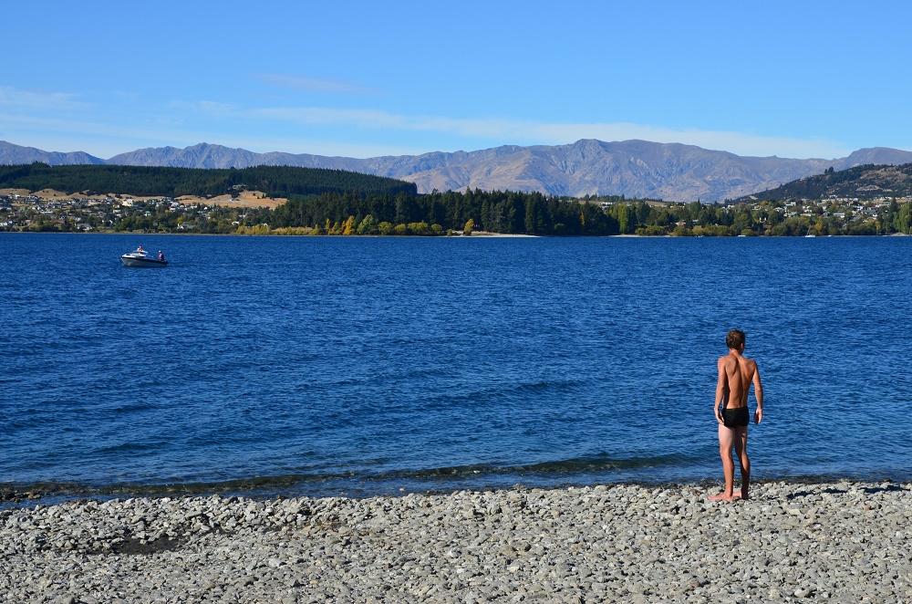 20 - douche dans le lac