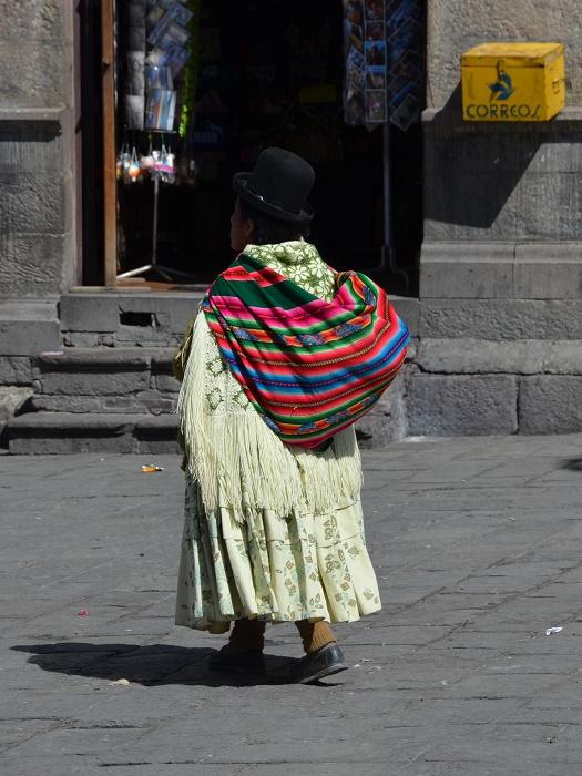 22 - une mamitas avec son aguayo