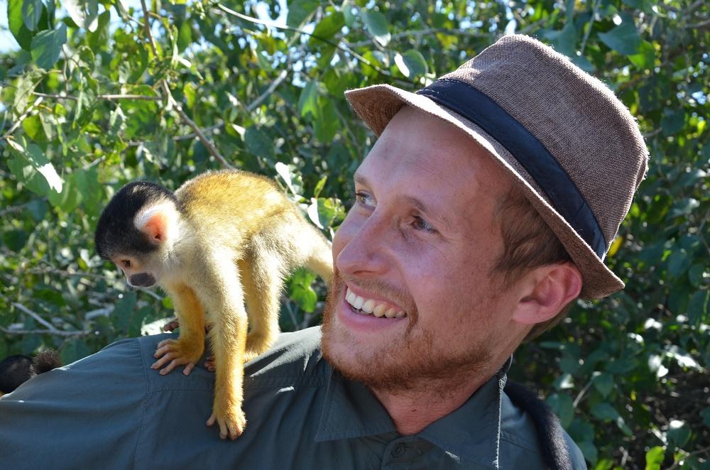 45 - François et le petit singe