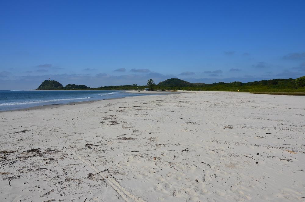 01 - plage sur l'ilha do mel